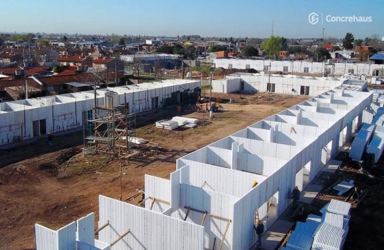 Empresa Constructora PECAM - M. Estrada y Colombria - Rosario, Santa Fe